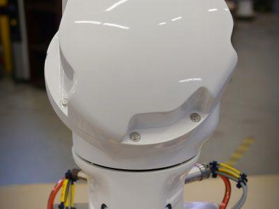 Programación extremadamente simple: los movimientos del robot se pueden programar guiando el brazo de un punto a otro y luego guardando la configuración.